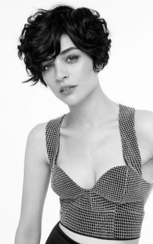 short wavy hair in black and white
