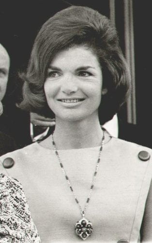 The Jackie O. Bouffant - the 60s Style