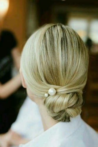 bun hairstyle for wedding