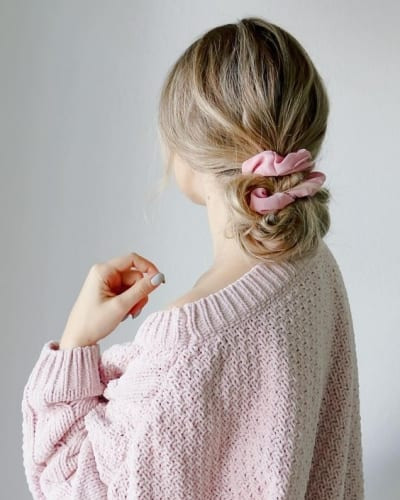 low scrunchie ponytail bun