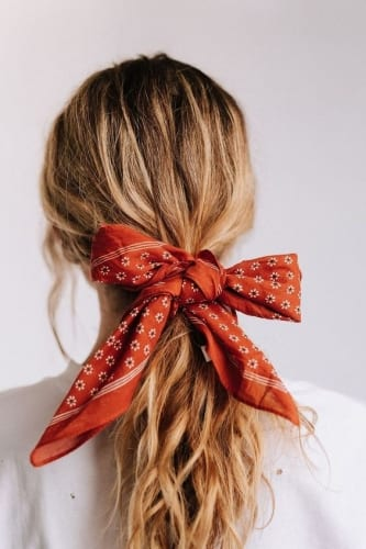 Cute Ponytail Hairstyles - Add a Bow