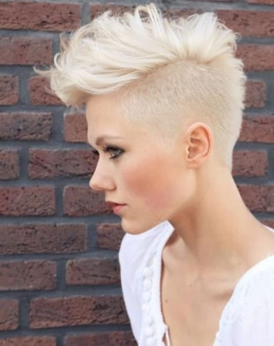 short shaved hairstyle with mohawk