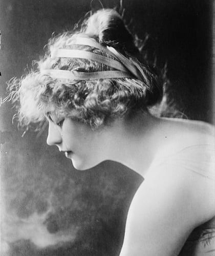 The Marion Davies updo